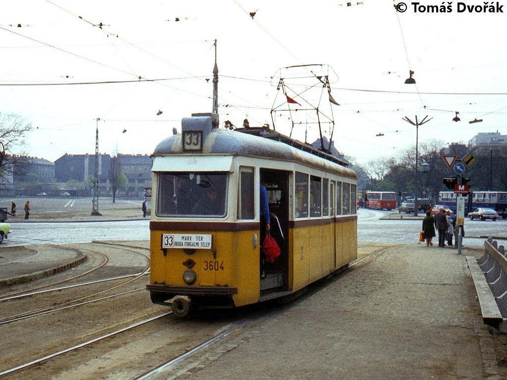 1980-04-30_3604-33_robert_karoly_korut-vaci_ut-2.jpg