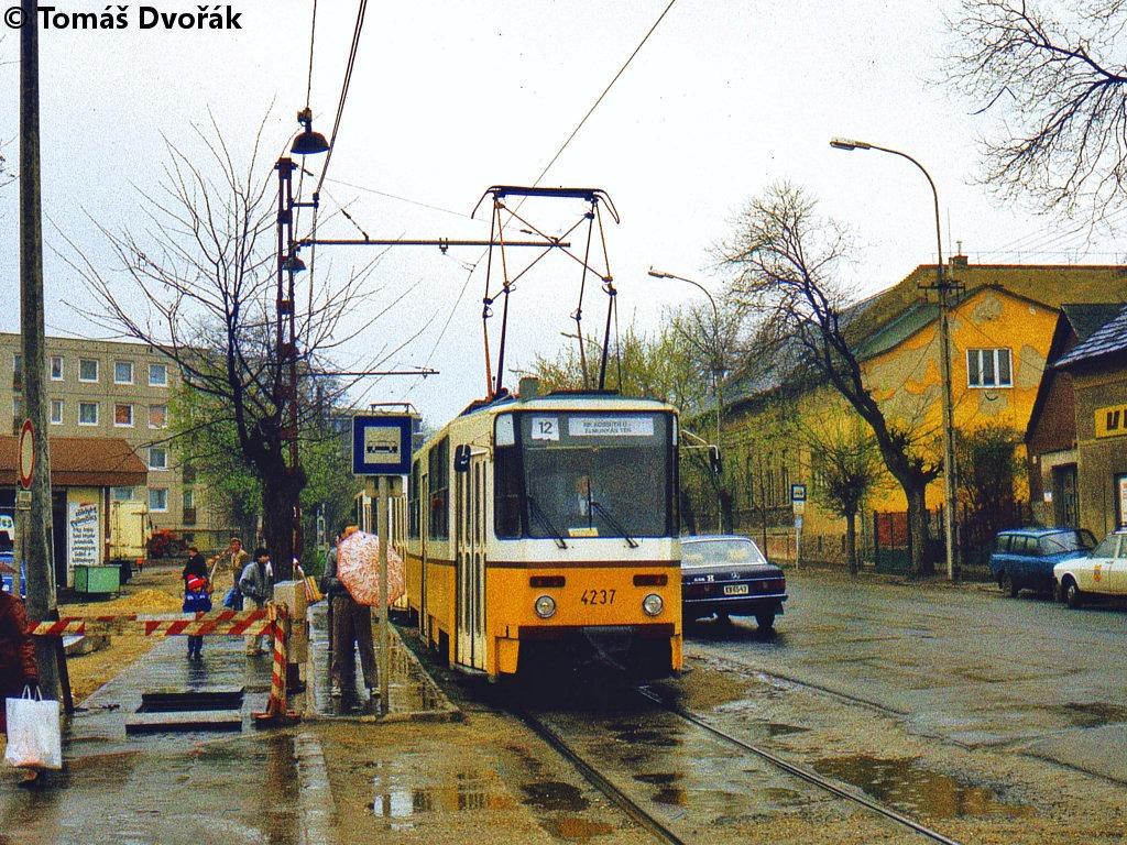 1988-04-13_4237-4238_kossuth_utca.jpg