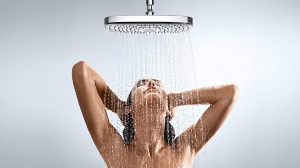 woman-in-shower-595x334_1.jpg
