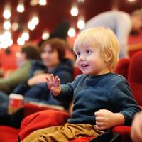 Erre figyelj, ha gyerekkel mész színházba!