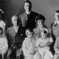 Megdöbbentő tények a milliárdos Rockefeller dinasztiáról