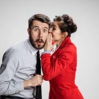 Beszélnünk kell a munkahelyi pletykáról