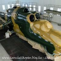 Magyartarkába burkolózott a veszprémi Mi-24D helikopter (A kiállítandó Mi-24D festése a MH Légijármű Javítóüzemben) - 2019.02.21.