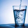 Mennyi vizet kell innunk?