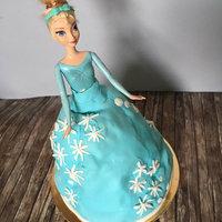 Jégvarázsos Barbie tortát sütöttem