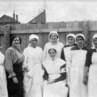Elesettek mentsvára – a Vöröskereszt és ápolói