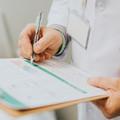 Kis magyar abszurd: orvoselvándorlást hozhat a fizetésemelés?