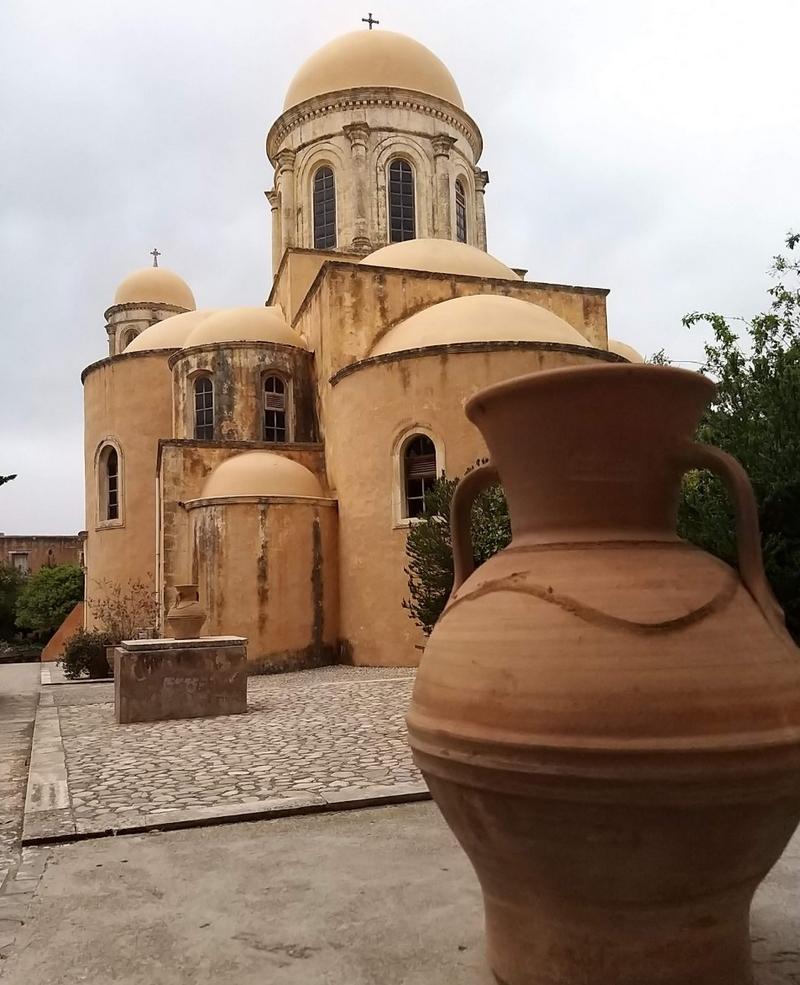 Agia Triada kolostor
