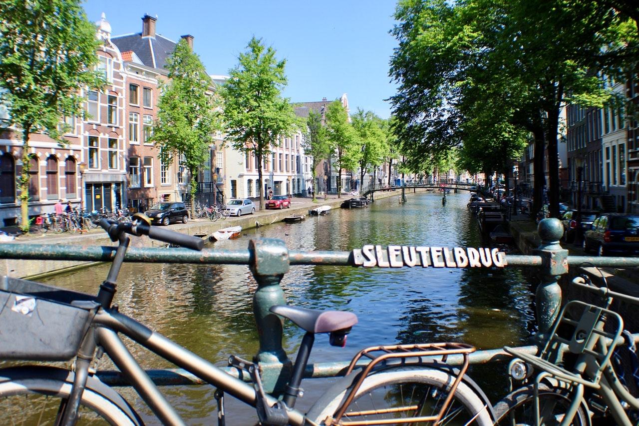 amszterdam_foto_pexels_com_caylee_dg.jpg