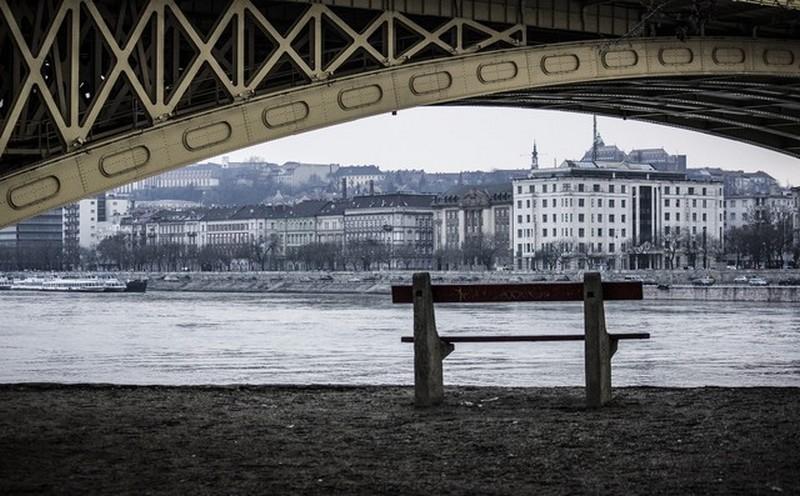 budapest_hid_alol_foto_puhacica.jpg