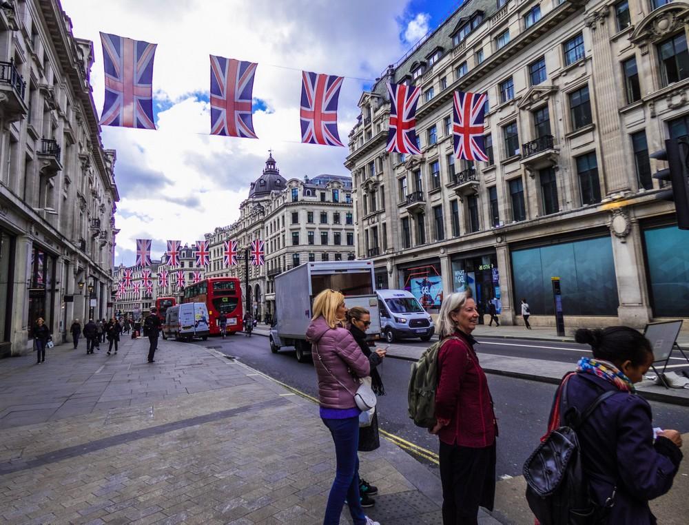 nagy-britannia_anglia_london_oxford_street_foto_pexels_com_wondererphotograph_1.jpg