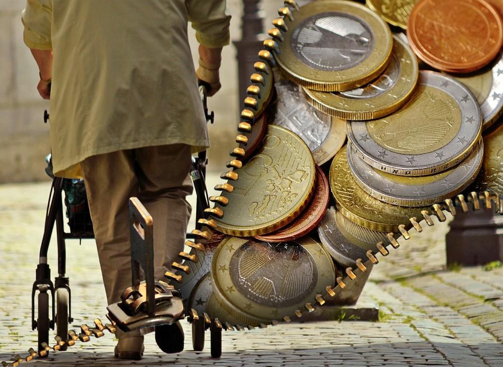 nyugdijas_penz_2_foto_pixabay_com_alexas_fotos.jpg