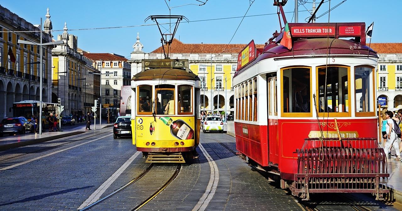 portugalia_lisszabon_villamosok_foto_pixabay_com_rmac8oppo.jpg