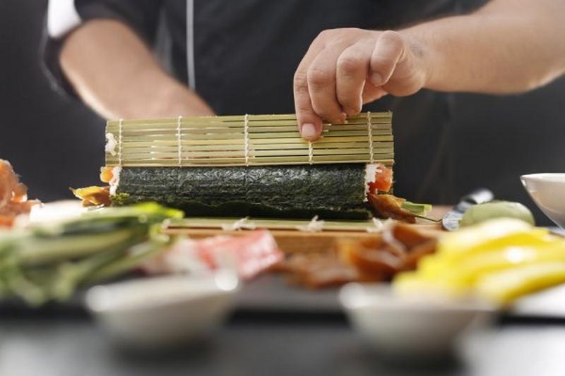 sushi_sef_foto_pixabay_com.jpg