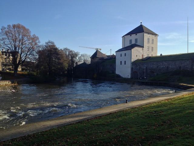 Cím A nyköpingi vár ősszel.jpg