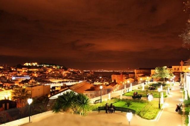 Lisszabon este.jpg