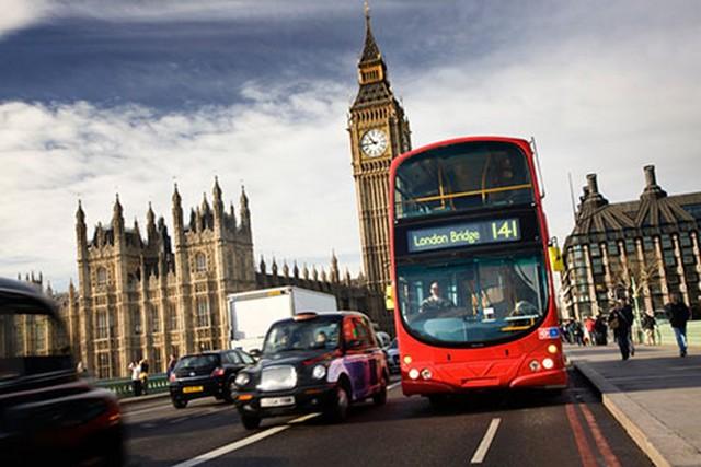 London double decker cím.jpg