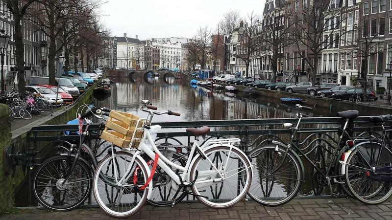 amszterdam_foto_pixabay_com_hanspetersmits.jpg