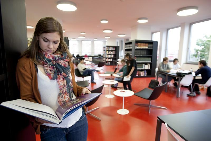 ausztria_graz_egyetem.jpg