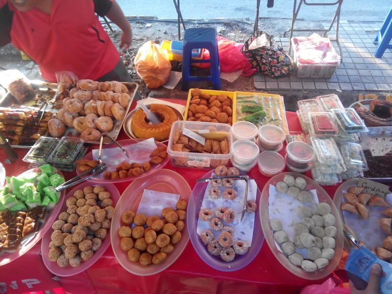 edessegek_egy_ramadani_esti_piacon.jpg