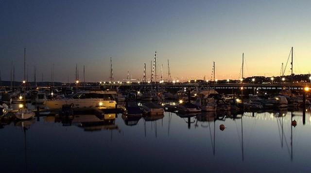 kikötő este.jpg