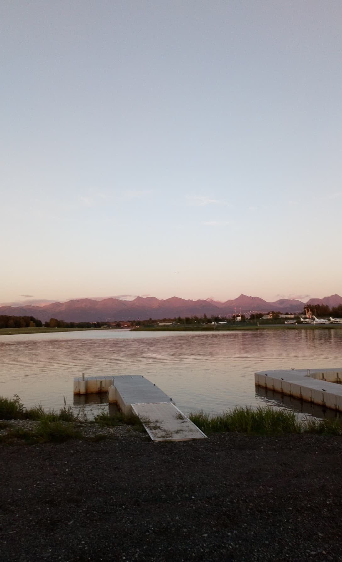 lake_hood.jpg