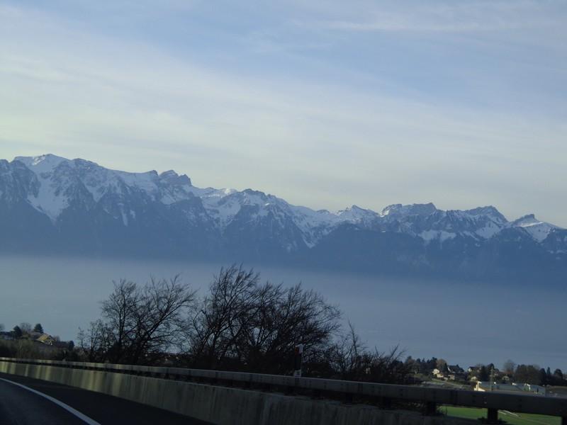 Egy csipet Magyarország a svájci Riviérán - Határátkelő 8f88703796