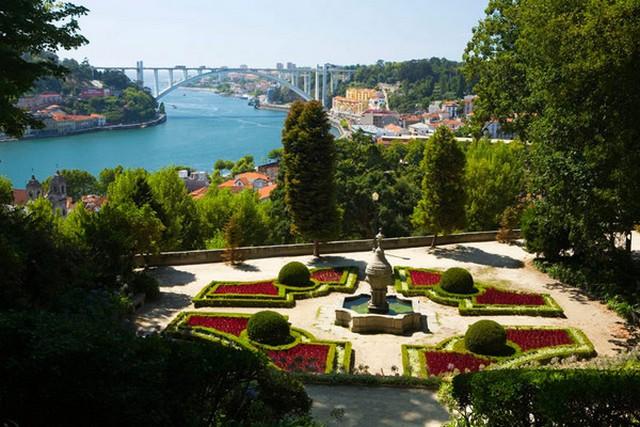 palacio_cristal_garden.jpg