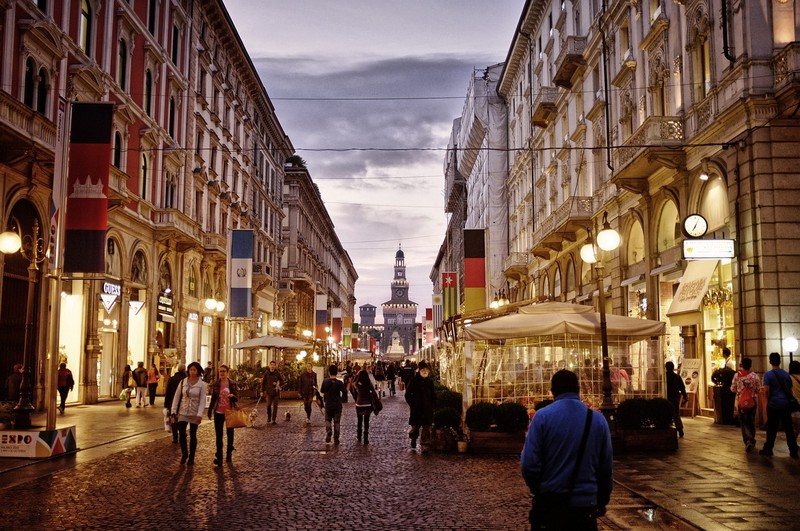 olaszorszag_milano_varoskozpont_foto_pixabay_com_igorsaveliev.jpg