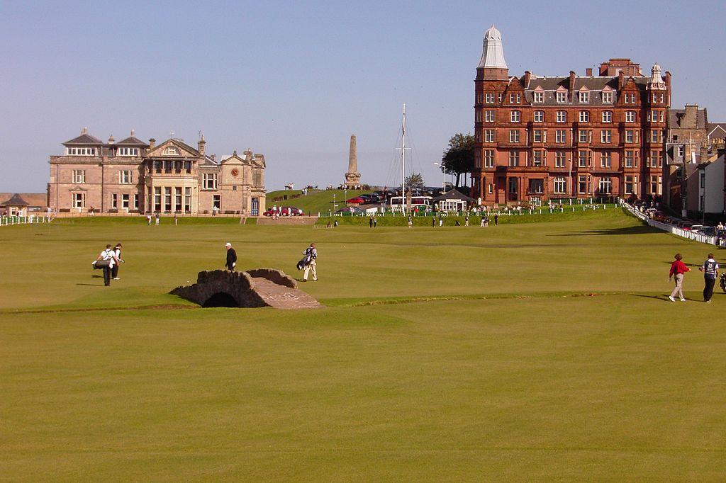 1024px-swilkenbridge_oldcours_theroyalandancientgolfclub_golfhotel.jpg