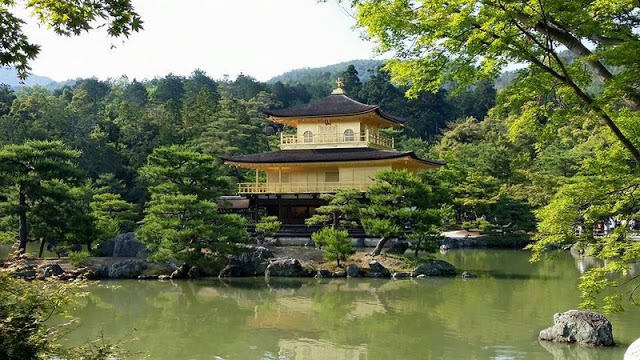 arany_pagoda_japanban.jpg