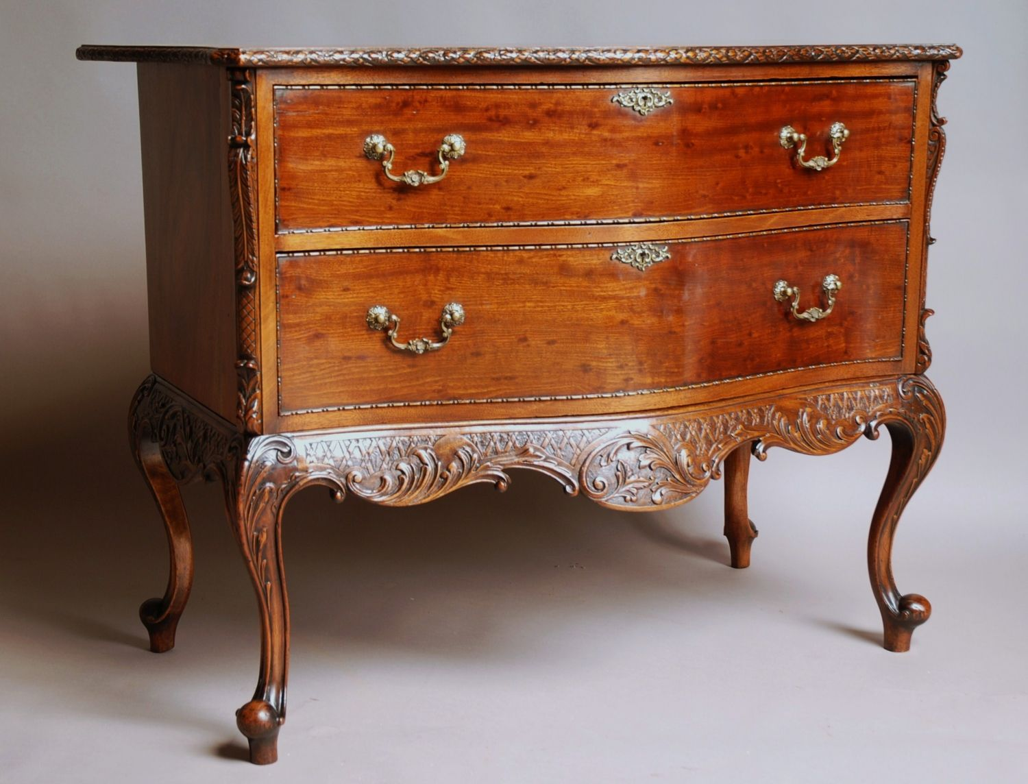 wooden-chippendale-furniture-with-drawers.jpg