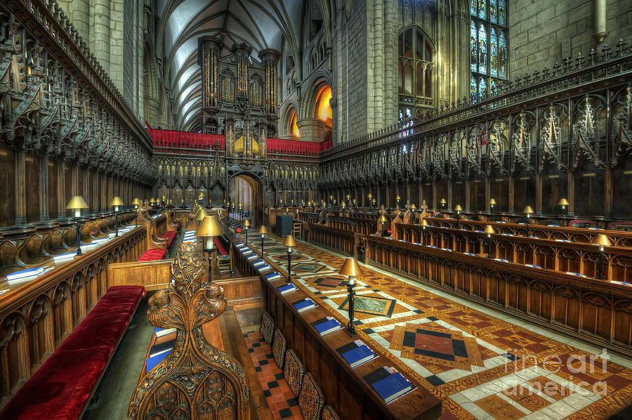 gloucester_cathedral1.jpg