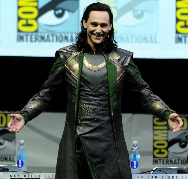 hiddleston-loki-25jul13.jpg