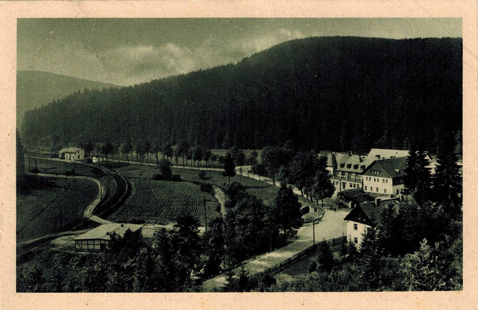 1925, a kép jobb sarkában a Ház