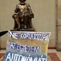 Felmorzsolódó egyetemi autonómia