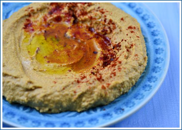 red_pepper_humus2.jpg