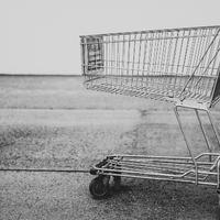 Amikor a bevásárlókocsik átveszik az uralmat a lépcsőház felett
