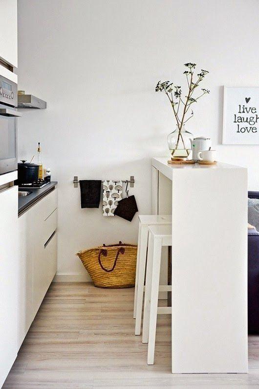 átadópult és asztal egyben - kis konyhába