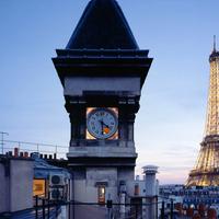 Óratorony lakás Párizs felett