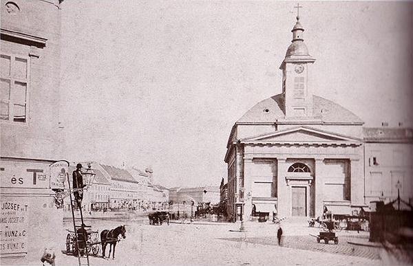 1 1873 fotó Klösz György balra a Két Török ház sarka.jpg