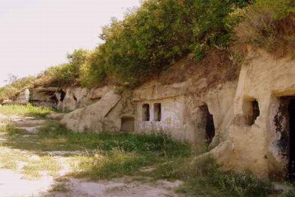 barlanglakas01.jpg