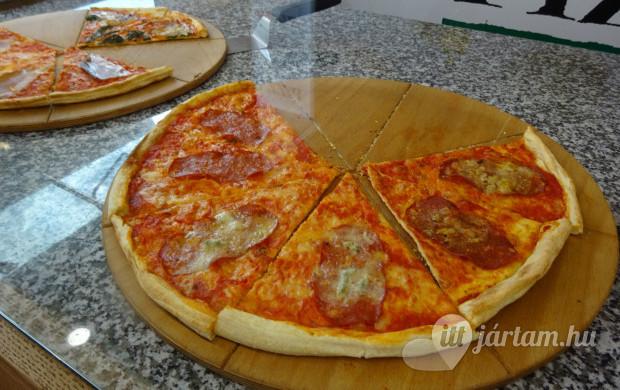 pizza-me-karoly-korut-43831-620x390.jpg