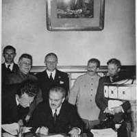 Molotov-Ribbentrop-paktum