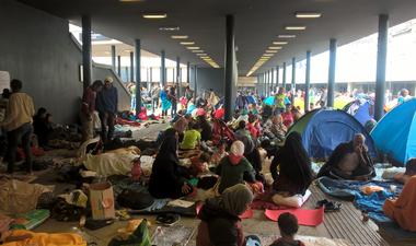 Kilenc hónapja is nagyságrendileg ugyanannyi hely volt a menekülttáborokban, mint most
