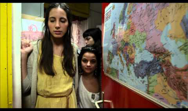 """""""Nehogymá' az legyen menő, hogy te vagy a legnagyobb sutyerák"""" - roma diákok slamben üzennek"""
