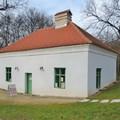 Különleges Kincsesház Tatán az Angolparkban