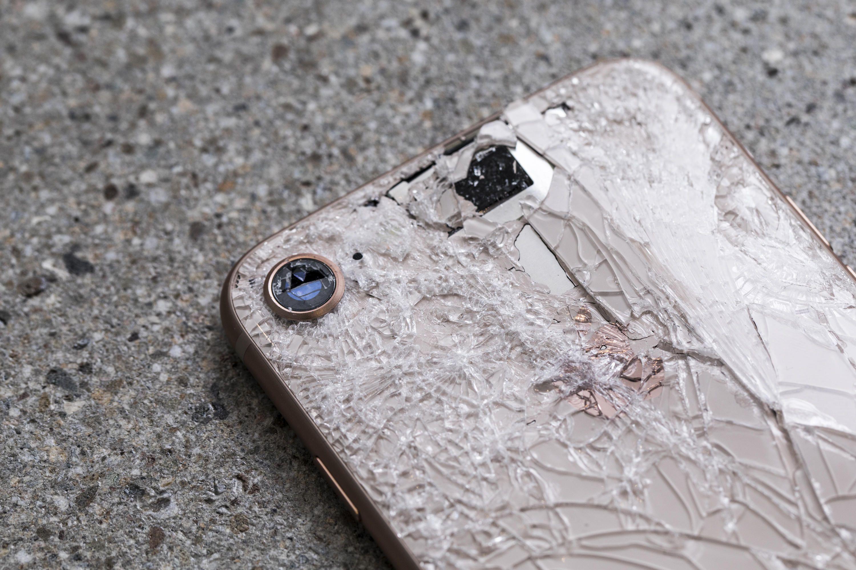 Nyaralási túlélő tippek: ép telefon, ép lélek