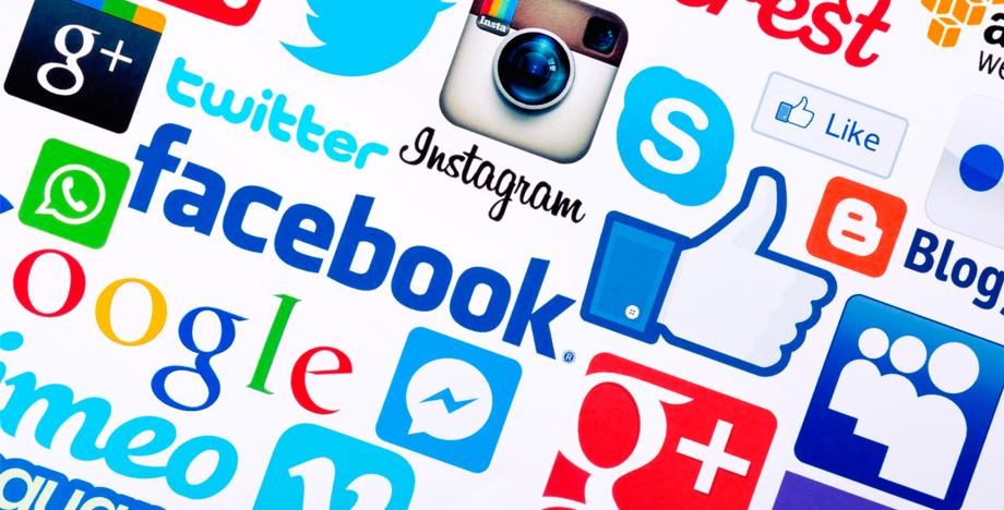 socialmedia_jet_feature.jpg
