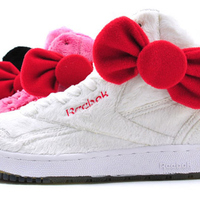 Hello Kitty plüss cipő